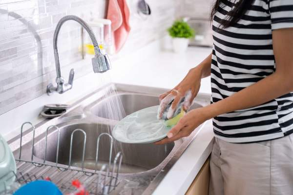 You can make a contribution this World Water Day by changing the way you wash your dishes