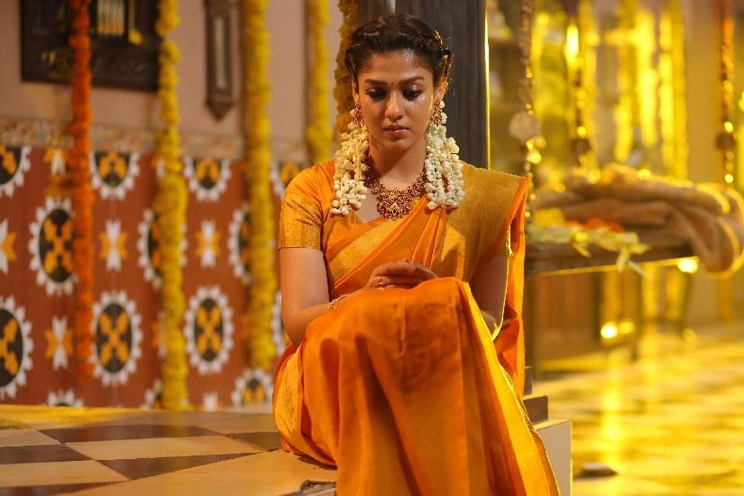 Another still from Airaa featuring Nayanthara. Image via Twitter