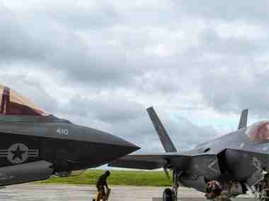 US Navys version of F-35 stealth fighter ready for combat; jet capable of taking off, landing from aircraft carrier