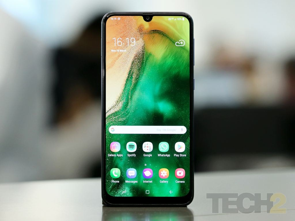 Samsung Galaxy M30 Review: You won't find a better display in this