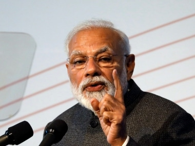 Narendra Modi's blog targets a vocal and elite English-speaking audience, challenges Congress clout in its last bastion