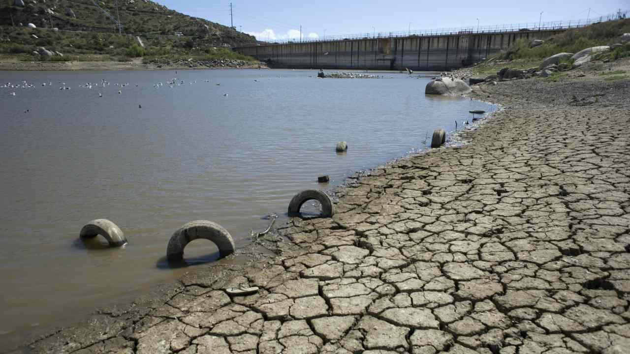 Delhis reserves of water are drying up, could bring Day zero by 2020: NITI Aayog