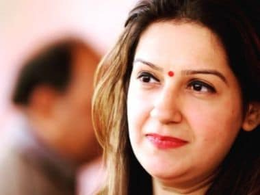 Priyanka Chaturvedi quit Congress over 3 lumpen goons, joined Shiv Sena made up of 100% lumpen goons: Twitterati troll political opportunism
