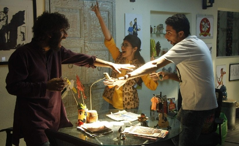 A still from Bhobishyoter Bhoot. Image via Twitter