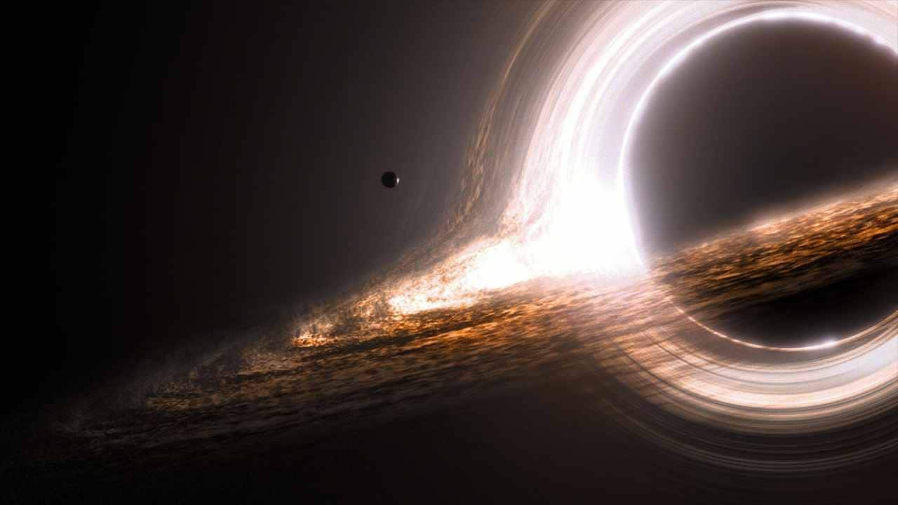 The fictional Miller's planet orbiting the black hole 'Gargantua' in the movie Interstellar. Image: Interstellarfilm.wikia.com/Paramount Pictures