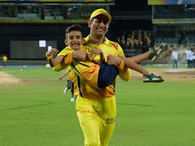 IPL 2019, CKS vs KXIP: MS Dhoni joins Shane Watson and Imran Tahir's sons in playful run