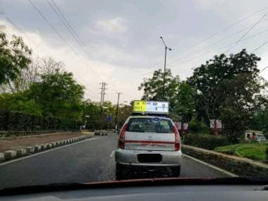 IPL 2019: Hyderabad taxi displaying live IPL score on its rooftop gets ICC talking