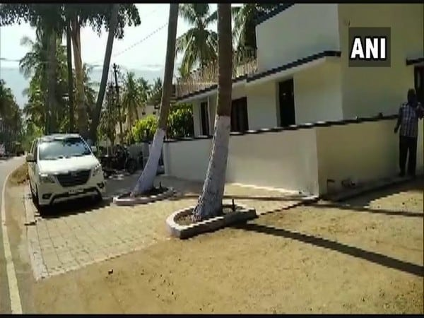 In Tamil Nadu, I-T Dept seizes Rs 15 crore cash in raids in Chennai, Namakkal and Tirunelveli ahead of phase 2 LS polls