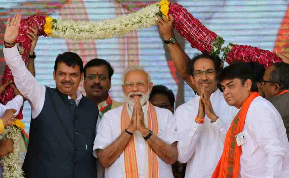 Both the leaders gathered in support of alliance candidates in Latur and Osmanabad, where polling will be held on 18 April.
