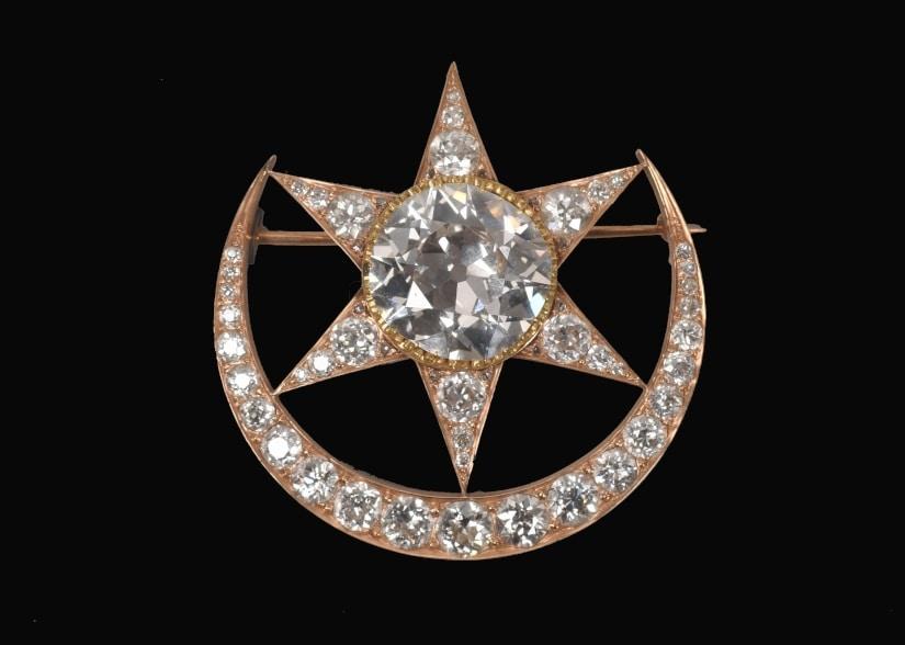Brooch Almas Chantara Numa Kanval | Brooch set with diamonds | India, Late 19th – early 20th century