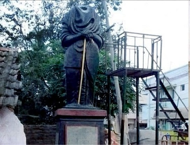 Periyar statue found vandalised in Tamil Nadu's Aranthangi; MK Stalin demands culprits be 'crushed with iron fist'