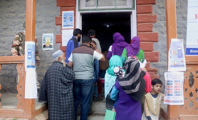 Srinagar LS polls: Poor roads, infrastructure spur Budgam residents to vote following years of unfulfilled promises