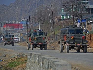 Civilian traffic barred for 2 days a week on Kashmir highway: Turning Kashmir into Palestine, allege politicos