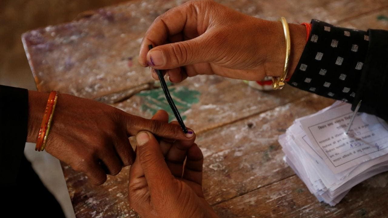 Dwarka Election Result 2020 LIVE Updates   Delhi Assembly Elections; Constituency, Party, Candidate Name Wise Winner, Loser, Leading, Trailing - Firstpost