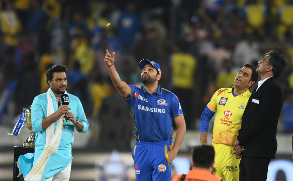 Captains Rohit Sharma and MS Dhoni at the toss in the IPL 2019 final at Hyderabad. AFP