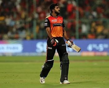 IPL 2019, RCB vs SRH: Pressure makes Sunrisers Hyderabad batsmen walk in with self-destruct button stitched on