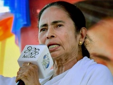Grip on citadel threatened, Mamata Banerjee now has only Bengali pride and Muslims in arsenal to fight BJP