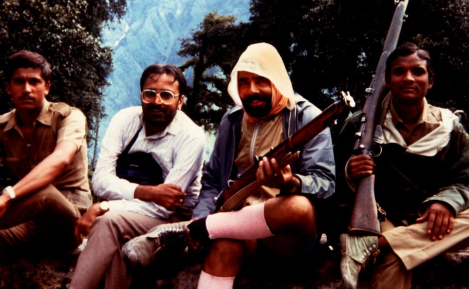 Narendra Modi is seen holding a rifle along with his friends and some police personnel during the Kailash-Mansarovar Yatra of 1988. Image courtesy: Moving Pixels