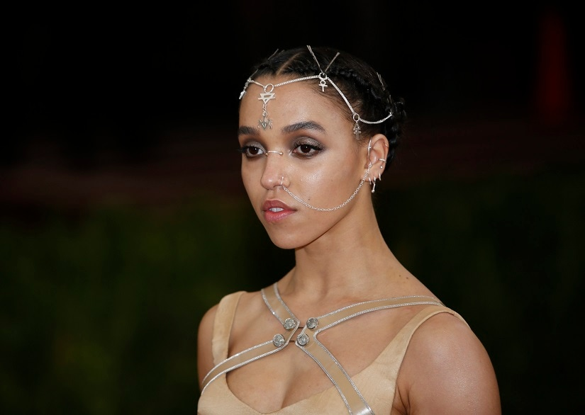 "Singer-songwriter FKA Twigs arrives at the Metropolitan Museum of Art Costume Institute Gala (Met Gala) to celebrate the opening of ""Manus x Machina: Fashion in an Age of Technology"" in the Manhattan borough of New York, May 2, 2016. REUTERS/Eduardo Munoz - HT1EC530EB0SB"