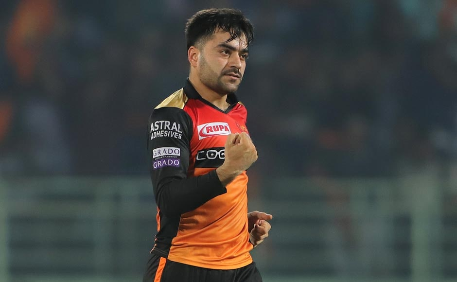 Sunrisers Hyderabad's players were unable to stem the flow of Delhi's attack, despite Rashid Khan, Khaleel Ahmed and Bhuvneshwar Kumar getting two wickets apiece. Image Courtesy: SportzPics