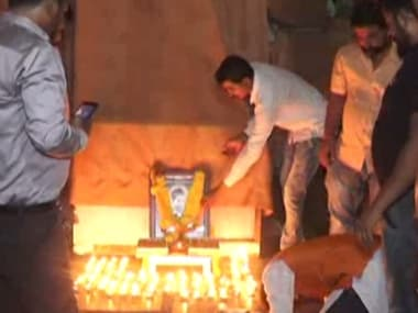 Police arrest six Hindu Mahasabha members for celebrating Nathuram Godse's birth anniversary in Surat