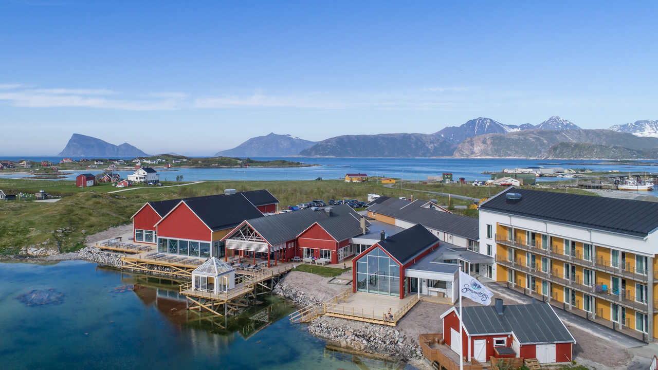 Norwegian island wants a time-free zone during the months the sun doesnt set