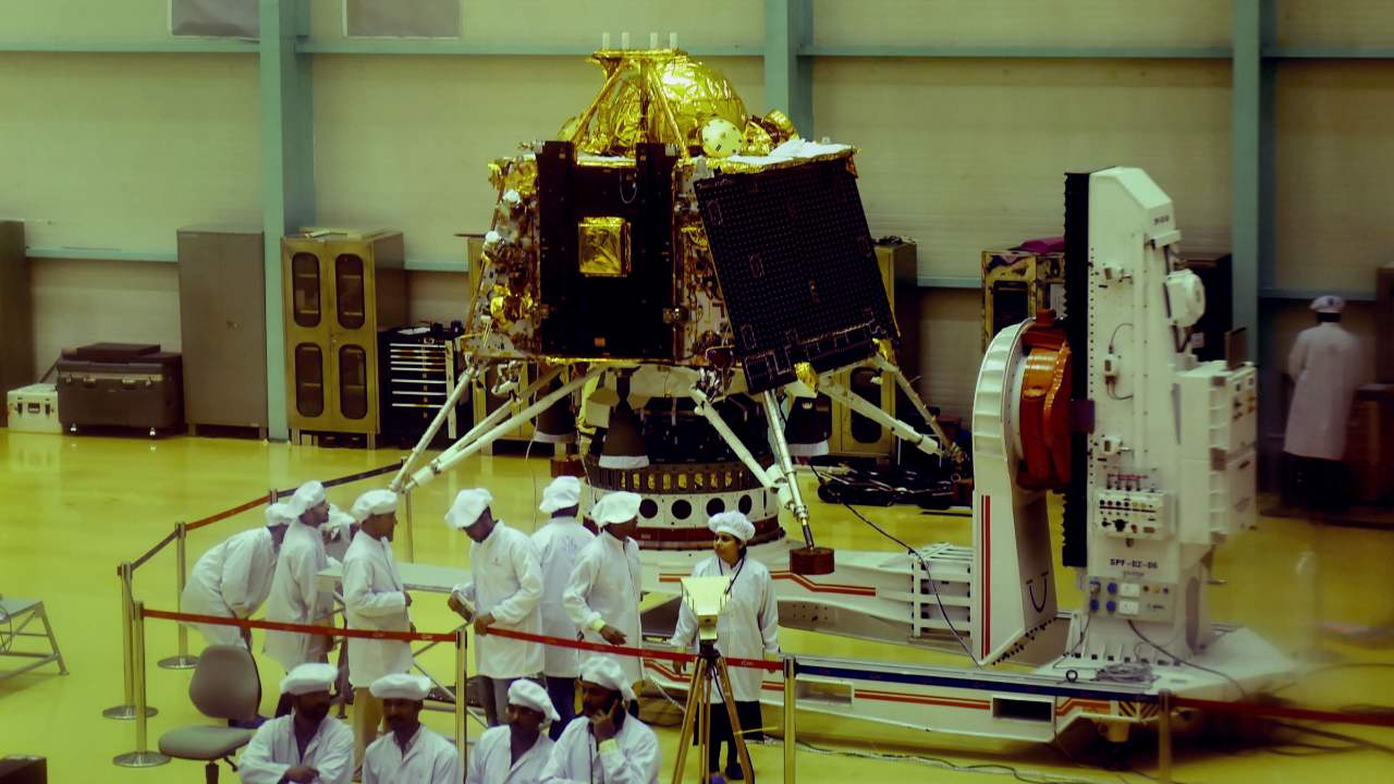 Chandrayaan 2 Vikram Lander: the vessel carrying the first rover from India to the Moon