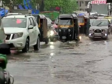 Mumbai rains LIVE updates: BMC diverts traffic in Sion and Bandra West; rains to continue for a few more hours, predicts Skymet