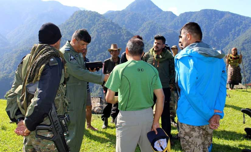 Senior Air Staff Officer of the Eastern Air Command of IAF Air Marshal Sandeep Singh briefing the team of 15 mountaineers and commandos before their indiction to the mission. Photo credit Rishu Kalantri