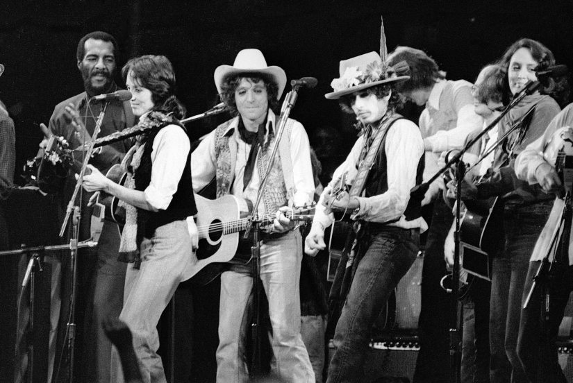 Another still from the Rolling Thunder Revue tour. Netflix