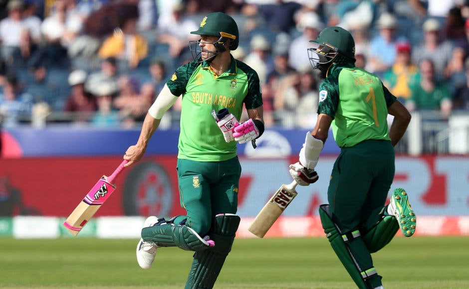 South Africa lost Quinton de Kock early on in the chase of 204 butcaptain Faf du Plessis (left) and Hashim Amla put on 175-run stand for thesecond wicket to guide Proteas to their second win in the tournament. Reuters