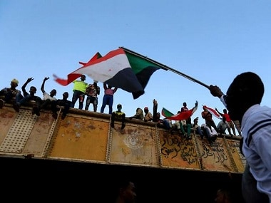 Sudan protests: Leaders agree to end civil disobedience campaign and resume talks with ruling generals