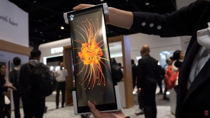 Chinas BOE showcases a 12.3-inch rollable screen, folding phone at a display show