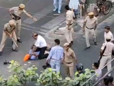 Delhi Police, tempo driver street fight turns political; BJP unhappy with Akali Dal MLAs outburst against Centre, cops