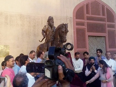 Life-size sculpture of Maharaja Ranjit Singh unveiled at historic Lahore Fort days before his death anniversary