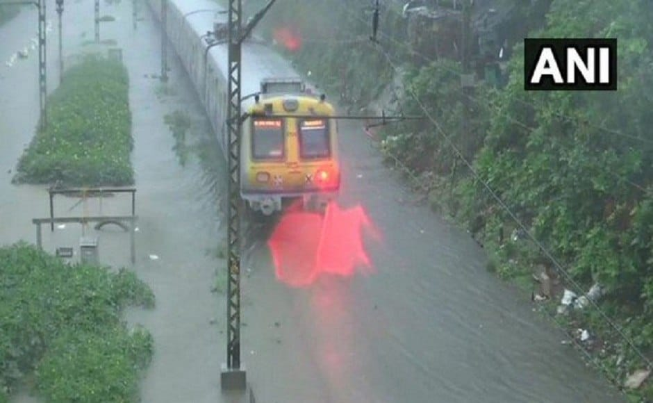 Mumbai witnessed the second highest rainfall in a 24-hour period in the last 45 years on Tuesday. With IMD forecasting heavy rains, authorities declared a public holidayon 2 July and advised people against stepping out of their houses. Image courtesy: Twitter/ @ANI