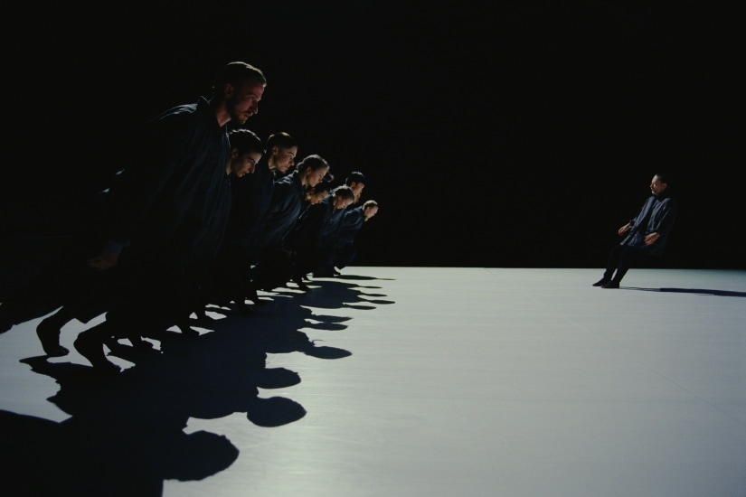 Anima's dance sequences lay more emphasis on ensemble work but without suppressing Yorke's individuality.