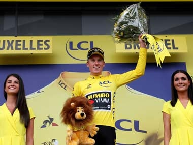 Tour de France 2019: Surprise winner Mike Teunissen finishes first in opening stage as final kilometre collision takes out chasing pack