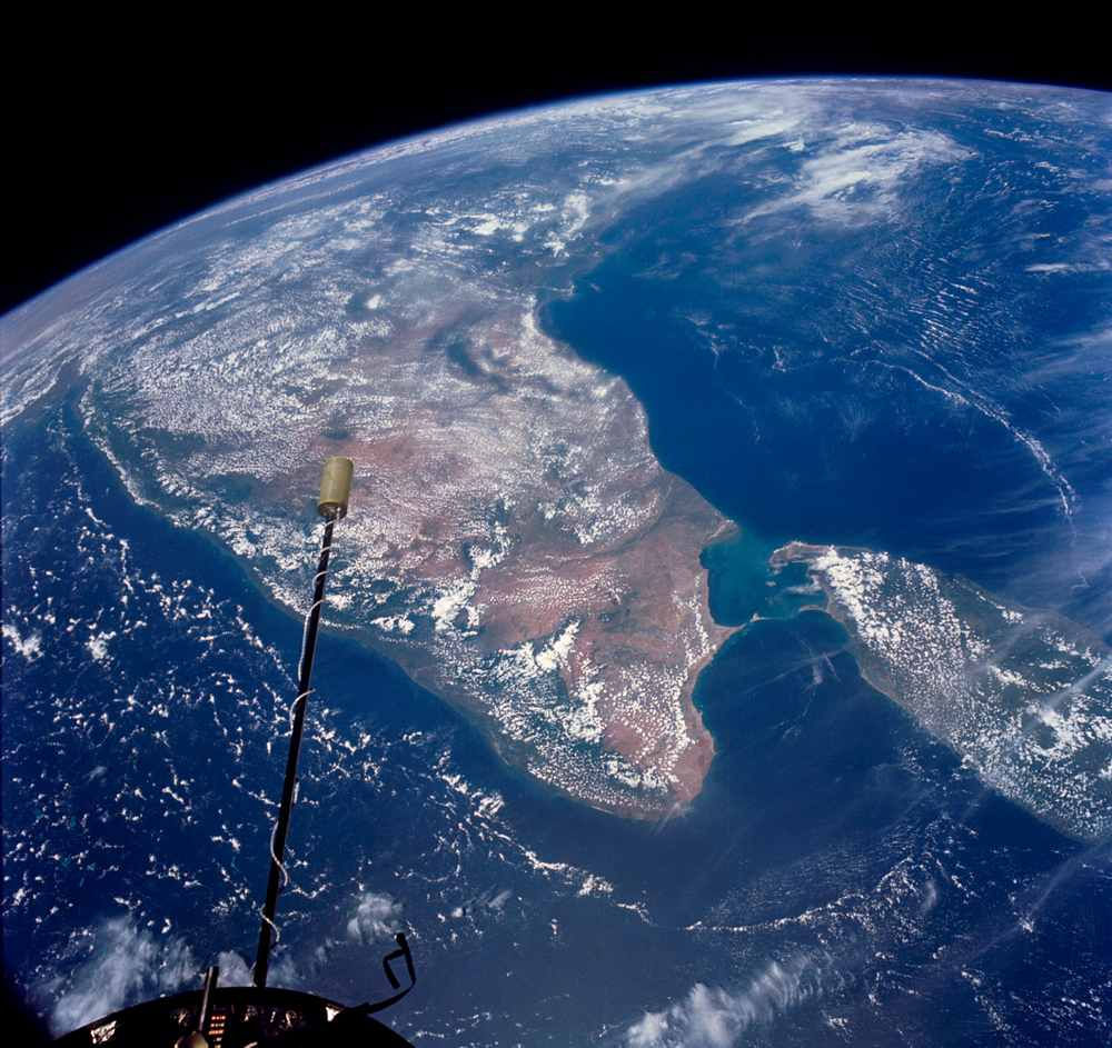 The Indian subcontinent and Sri Lanka as seen form the Gemini 11. Image credit: NASA