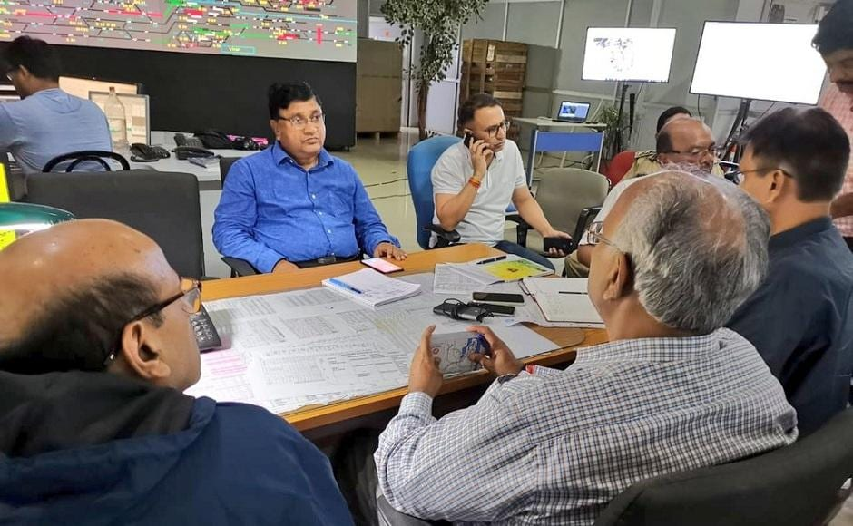 Western Railway officials continued to monitor the situation after the long distance train services and Central Railway services were suspended. Twitter/@WesternRly