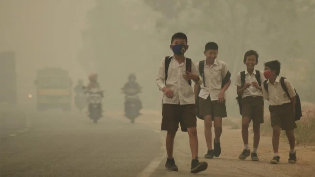 Air pollution affects the health of children and infants the most. Image: Antara