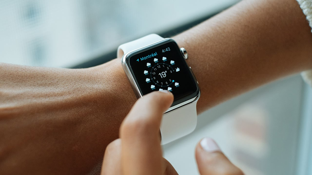 Apple starts screen replacement program for aluminum Watch series 2 and 3