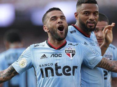 Dani Alves sores winning goal on debut for Brazilian side Sao Paulo against Ceara
