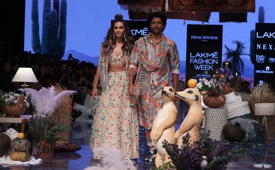 Farhan Akhtar and Shibani Dadenkar turned showstoppers for designer Payal Singhal to showcase her Winter-Fall 2019 collection | Sachin Gokhale