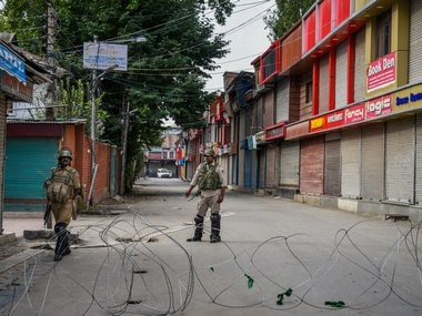 Kashmir News LIVE Updates: 'Release arrested J&K leaders, let