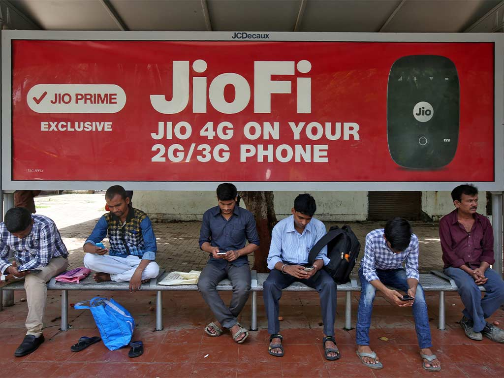 With 340 mn subscribers, Reliance Jio is now Indias largest mobile network operator