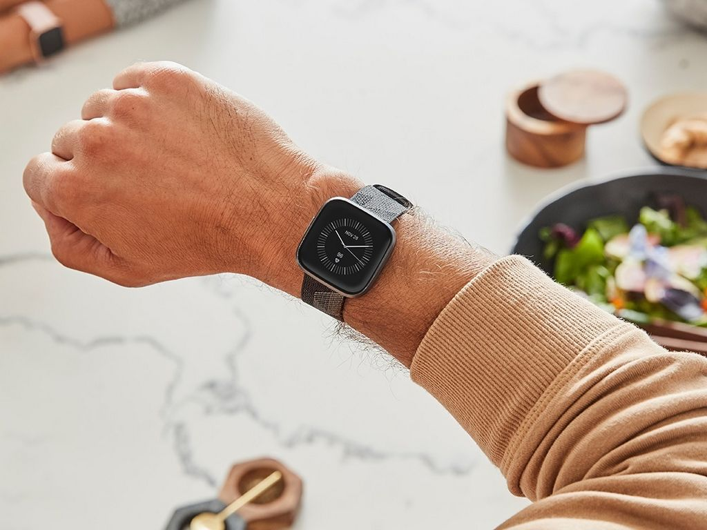 Fitbits Alexa-powered smartwatch Versa 2 launched at 0: All you need to know