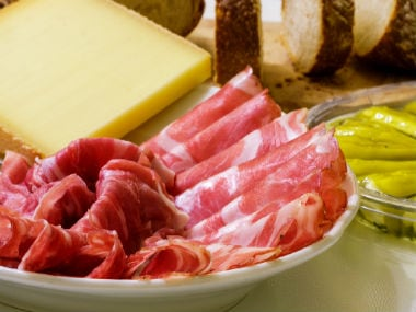 Scientists now believe that a ketogenic diet may help  stall the spread of certain types of cancer - Firstpost