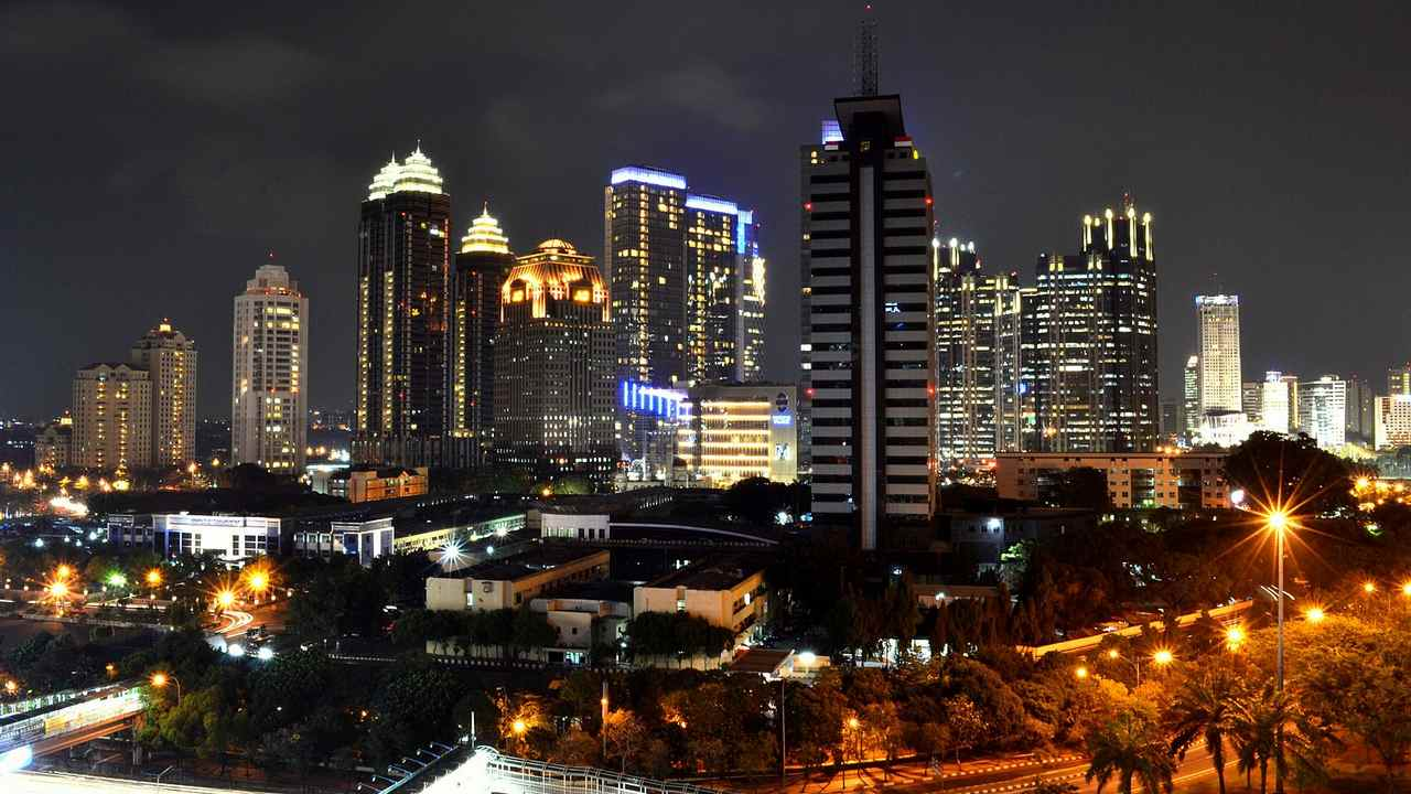 Moving Indonesias capital wont fix Jakartas problems, increase fire risk in Borneo