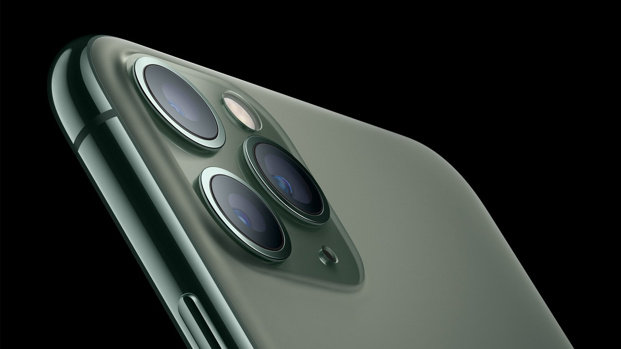 Apple could reportedly soon announce the Smart Battery Case for iPhone 11-series soon